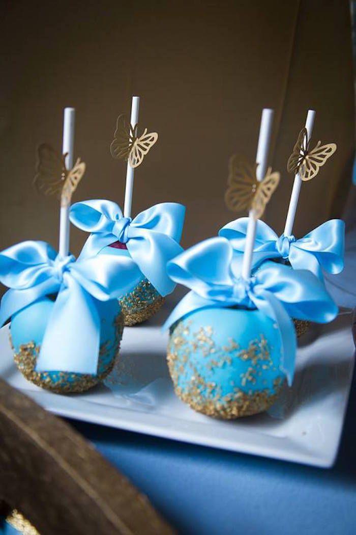 usar coco pintado azul Inspirado Cinderella Birthday Party via Partido Idéias KarasPartyIdeas.com #cinderellaparty de Kara (15)