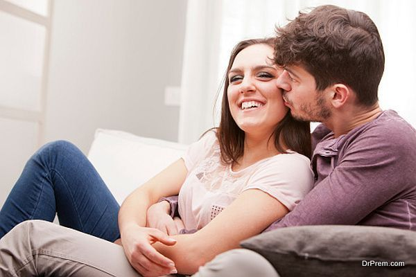 Traits that make a woman irresistible for her man | Love Guide by Dr Prem | http://drprem.com/love/traits-make-woman-irresistible-man | #LoveOffbeat #BeautyWithBrains, #Confidence, #Featured, #Independence, #IrresistibleWoman, #LaidBackAttitude, #Lightheartedness, #Top