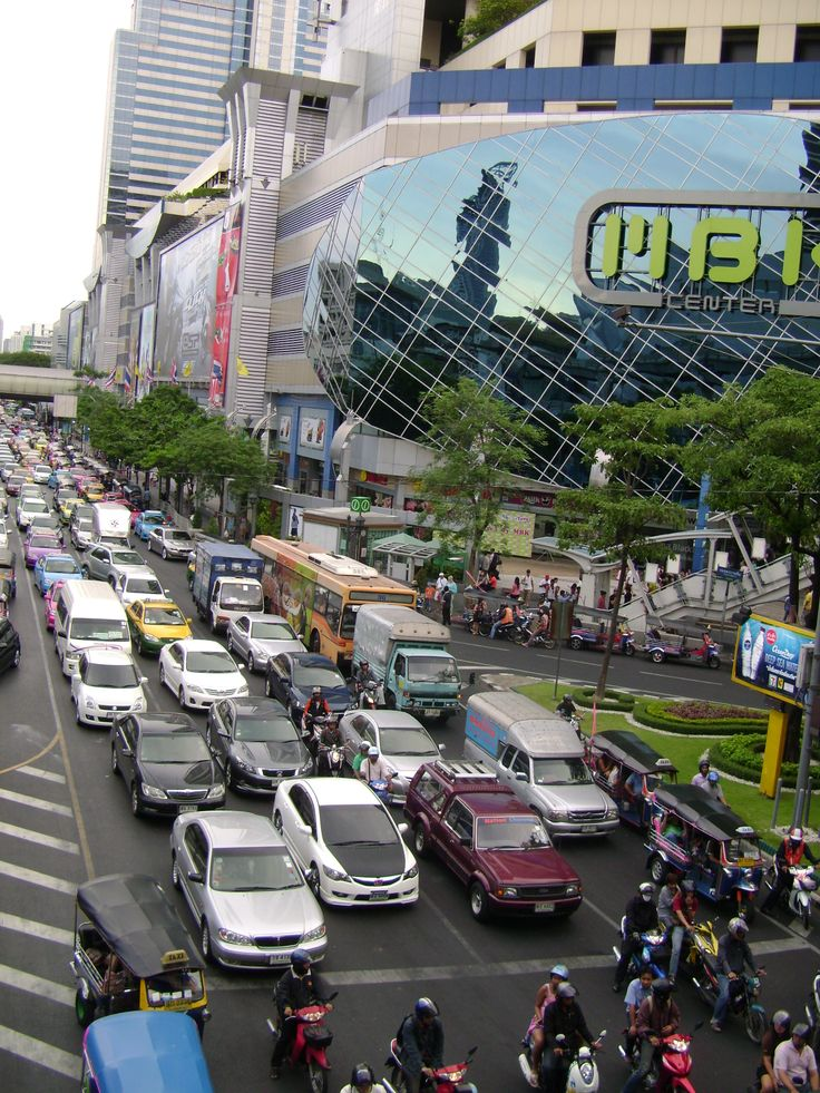 Traffic at MBK in Bangkok