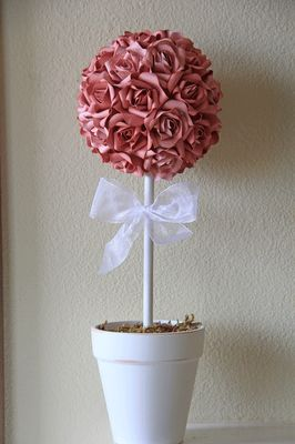 The Crafters Cottage: Shabby Chic Paper Rose Topiary
