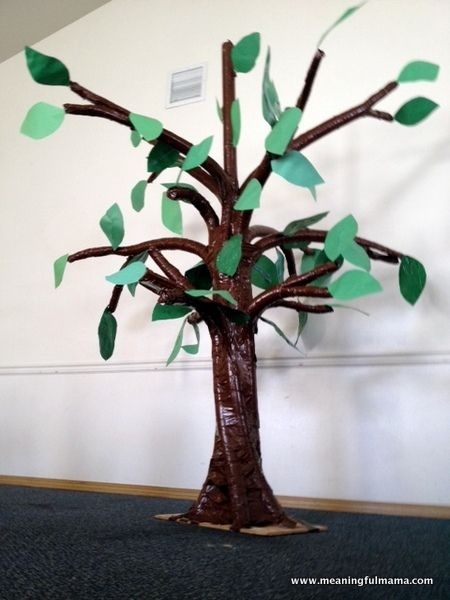 Meaningful Mama: #236 - Making a 3 Dimensional Tree out of Swimming Noodles - make it for a baby shower & have guests write wishes for baby on leaves or you could add birds/owls to tree