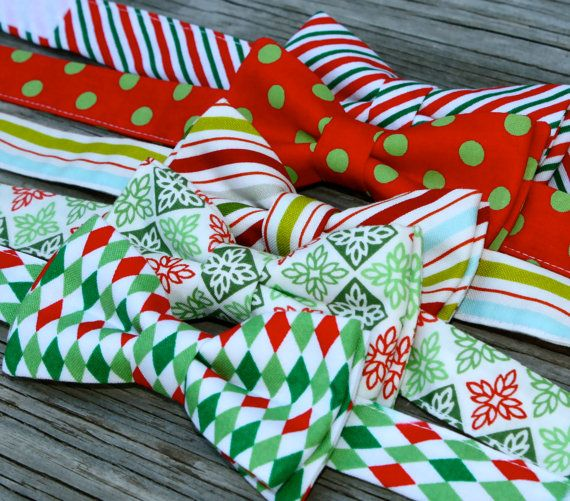 Christmas Bowties -- Red and Green Bow Tie -- Christmas photo prop -- Newborn Christmas Tie -- Boys Christmas Bow Tie -- Holiday Bow Tie on Etsy, $18.00
