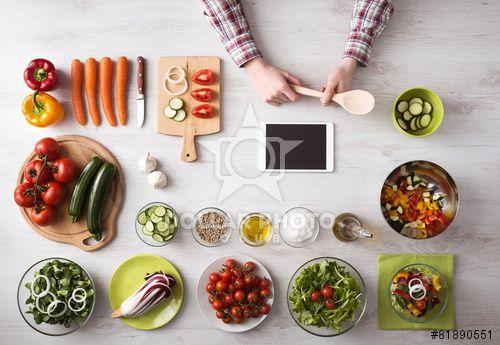 https://pl.dollarphotoclub.com/stock-photo/Online cooking app with kitchen worktop/81890551Dollar Photo Club - miliony zdjęć stockowych w cenie 1$ każde