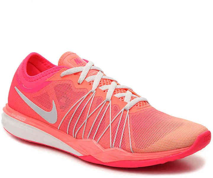 Nike Women's Dual Fusion TR Hit Training Shoe - Women's's