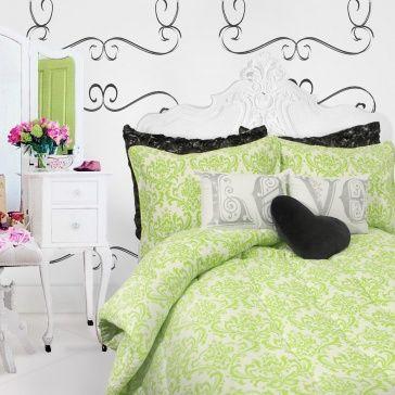 Ideas for Kellyn's room - teen bedroom