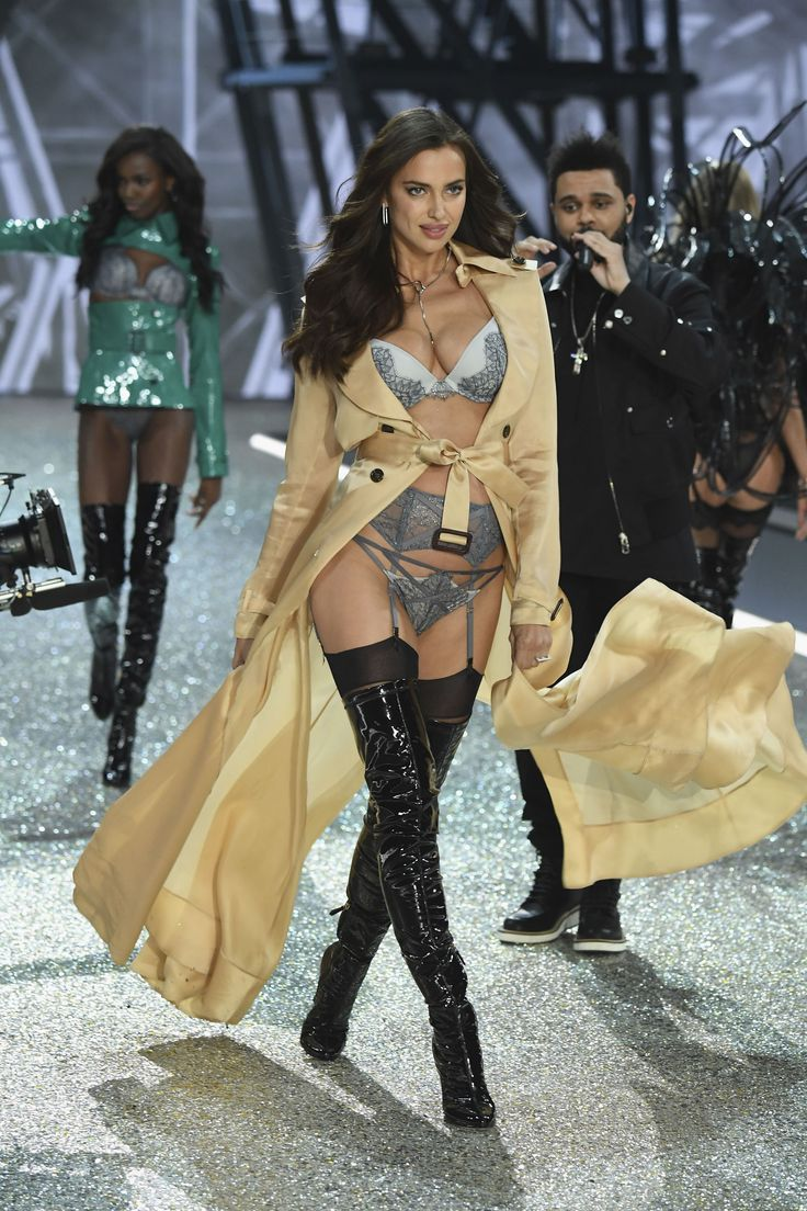 Irina Shayk Just Walked the VS Runway While Pregnant