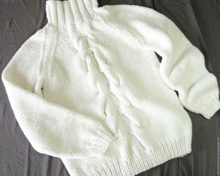 Купить Белый свитер из толстой пряжи - однотонный, кардиган женский, дизайнерская одежда, уютные вещи