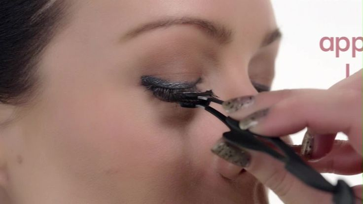 How to get long, thick eyelashes