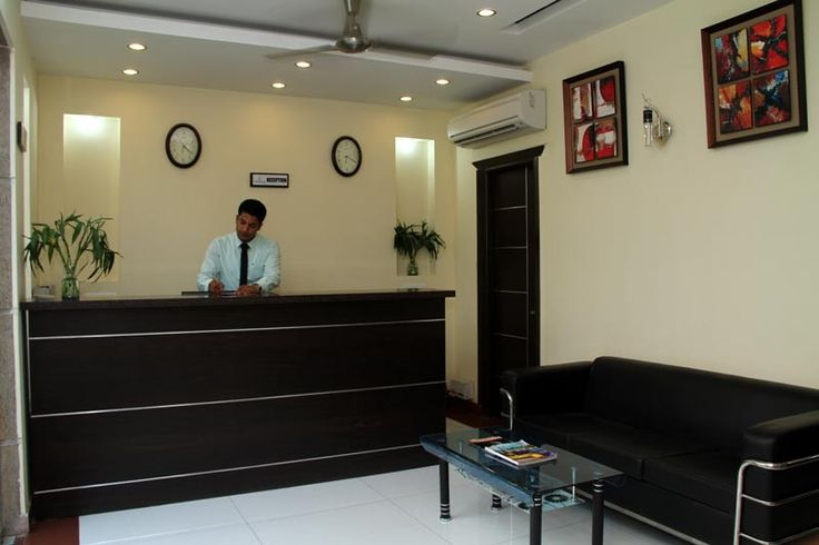 Looking for Hotels Near Iris Tech Park Gurgaon .Visit our website http://www.thesignatureleaf.com/aboutUs.php .It provides a state of the art dining,where you find variety of cuisine,a classy lobby area which offers a real class ambience.