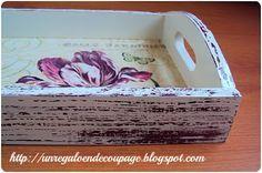 UN REGALO EN DECOUPAGE: BANDEJAS DECAPADAS CON DECOUPAGE