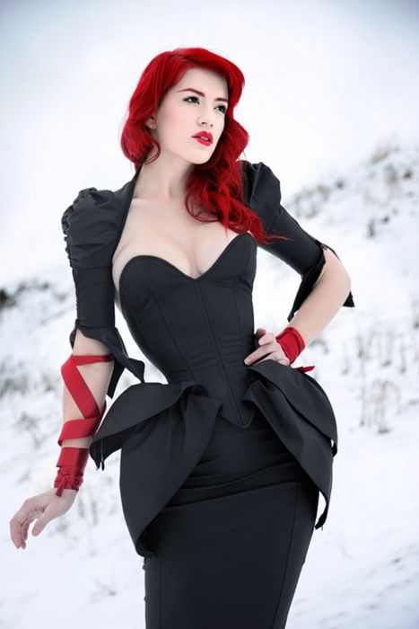 corset!!: Goth Girls, Redblack, Hair Colors, Red Hair, Redhair, The Dresses, Red Head, Red Black, Peplum Dresses