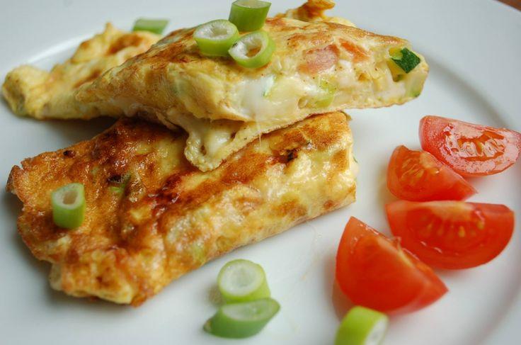 Vaječná omeleta se zeleninou a sýrem