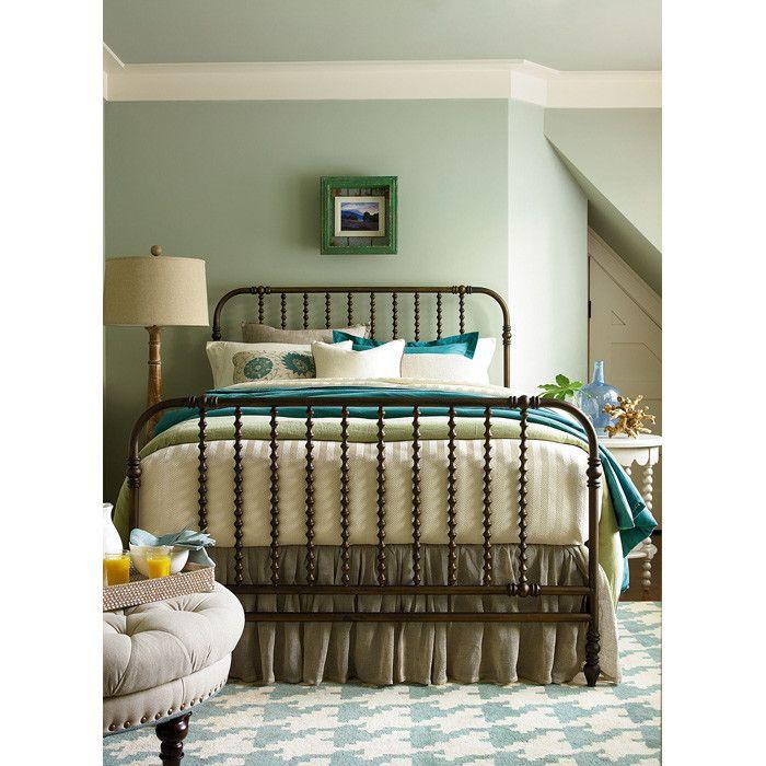 Briony Queen Bed
