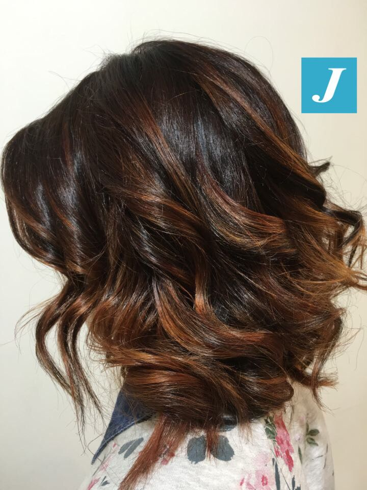 Degradé Joelle Coffee Shades - Taglio Punte Aria e soft Waves #cdj #degradejoelle #tagliopuntearia #degradé #igers #musthave #hair #hairstyle #haircolour #longhair #oodt #hairfashion #madeinitaly