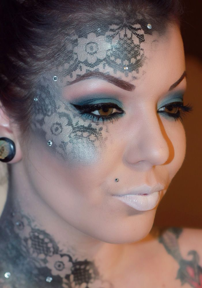 Contest Spotlight: Lizbeth Ruvalcaba created this 'Midnight Frost' look using our 28 Color Smokey Eye Palette, 88 Color Shimmer Eyeshadow Palette, Flawless Brow Trio, Contour & Blush Palette, and Eye Crayon in 'Crystal.'