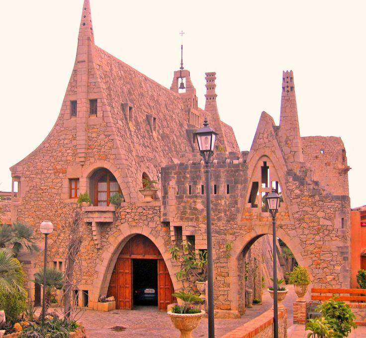 Guell Bodegas - Garraf, Sitges. Barcelona. Nowadays a restaurant.