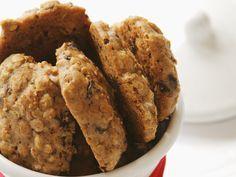 Die schmecken das ganze Jahr: Haferflocken-Schoko-Kekse | Zeit: 30 Min. | eatsmarter.de