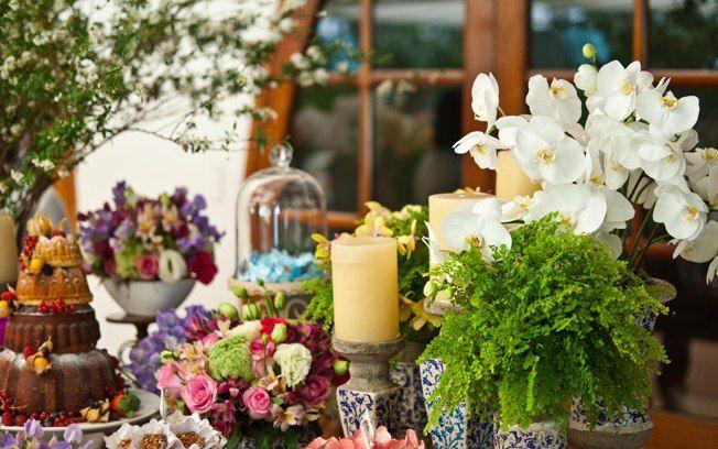 Arranjos de flores para casamentos de todos os gostos - Cerimônia e Festa - iG