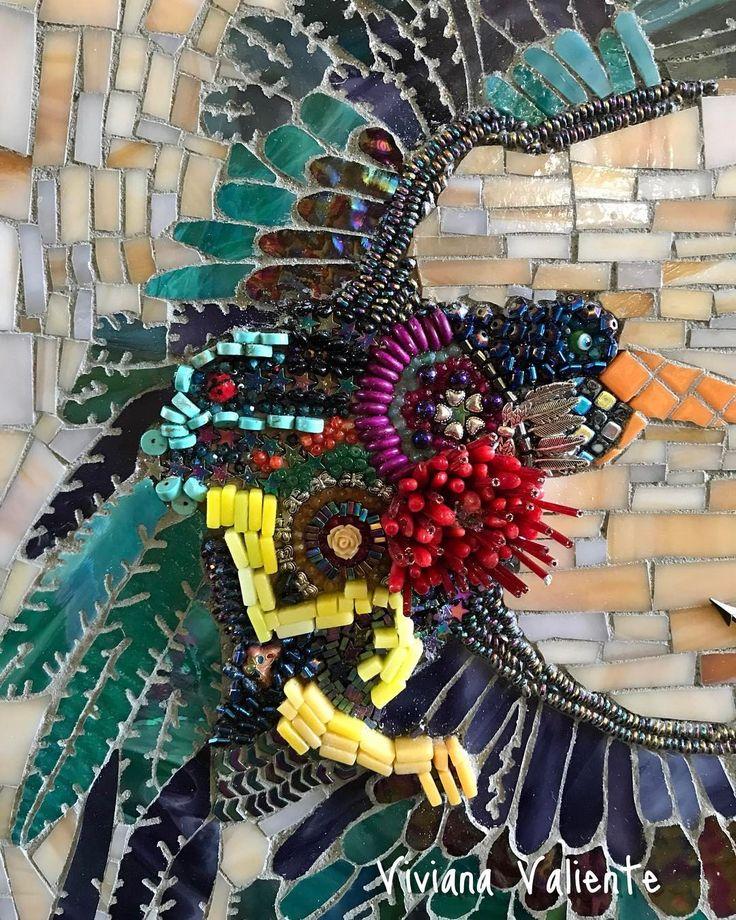 "44 Me gusta, 2 comentarios - Viviana Valiente M. (@vivitova) en Instagram: ""Detail 2, #houston #mosaic #mixedmediaartist #vivivaliente #mosaicglass #mosaicartist"""