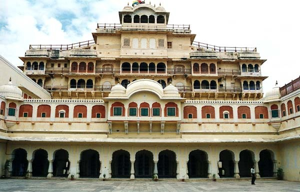 Rajasthan is the desert region of India, is famous all over the world for unforgettable outing. This state is the most sought after destinations by millions of globally travelers and tourists who want to visit India. Rajasthan is the land of Great Desert Thar and Sam Sand Dunes.