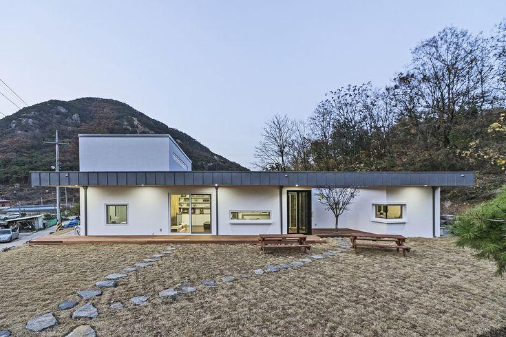 Suitable Farmhouse / OfAA