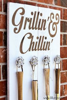 Grill Utensil Rack Made From Pallets   -  #pallets