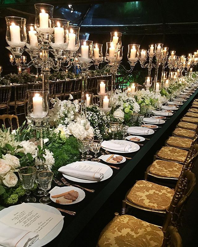 This beautiful candlelit #tablescape from the gala launch of @tiffanyandco's new Rome store would make the perfect #wedding decor inspiration for a black tie evening affair. #repost