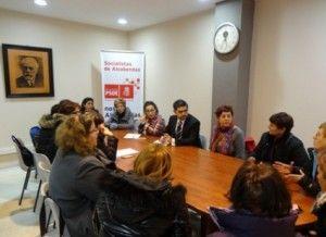El pleno de Alcobendas aprueba la moción en defensa de las trabajadoras de ayuda a domicilio  http://www.dependenciasocialmedia.com/2014/02/el-pleno-de-alcobendas-aprueba-la-mocion-en-defensa-de-las-trabajadoras-de-ayuda-a-domicilio/