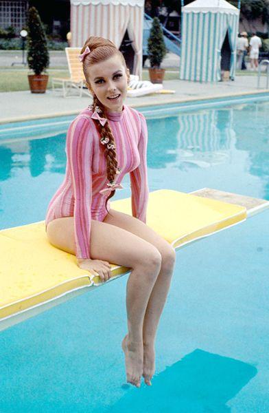 Ann Margret at the pool