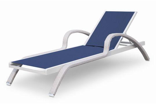 Метки: Кресло шезлонг для дачи.              Материал: Ткань, Пластик.              Бренд: Skyline design.              Стили: Скандинавский и минимализм.              Цвета: Белый.
