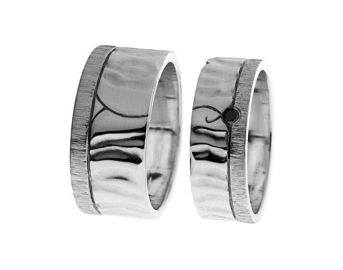 Hopea 925, patina, musta timantti   Vihkisormukset   Tilaustyö