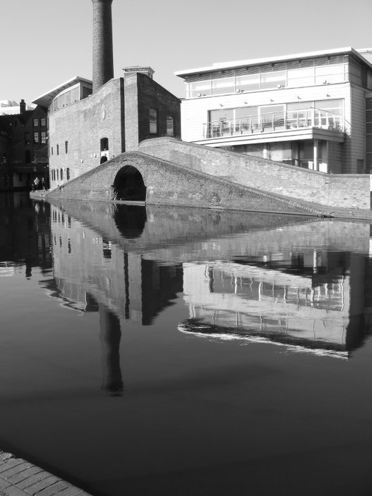 Walking the Canal at Brindleyplace, Birmingham, UK #birmingham #england