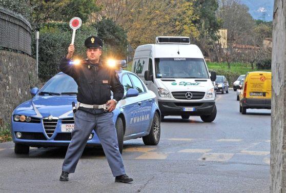 Concorso per 459 agenti di polizia. Aperto a tutti. Ecco i requisiti a cura di Redazione - http://www.vivicasagiove.it/notizie/concorso-459-agenti-polizia-aperto-tutti-requisiti/