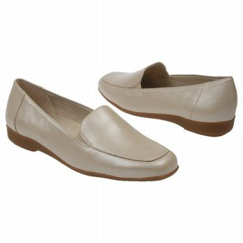 Walking Cradles Trump Shoes (Bone) - Women's Shoes - 11.0 M