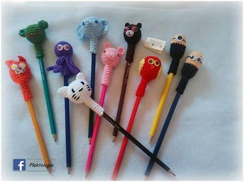 crochet decoration for pencils by Plektologio.