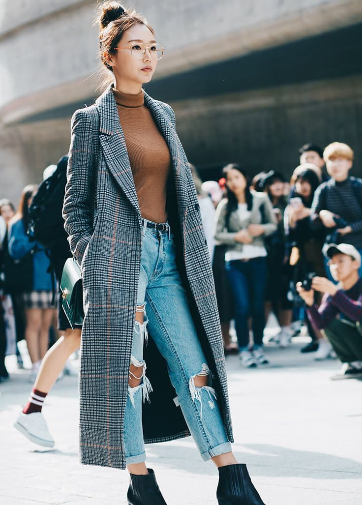 #Trendy plaid coat Discover the latest fashion trends on the blog www.ofcoursedarli …
