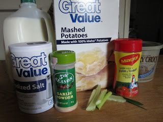 Great for those potato soup cravings when you only have instant on hand! DIY Mom: Easy Creamy Potato Soup from Instant Mashed Potatoes