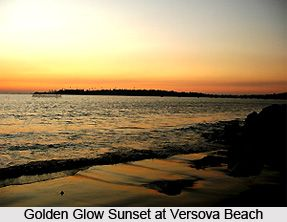 Versova Beach, Maharashtra is a marvellous tourist destination which presents breathtaking views to its visitors and can be utilized for various thrilling activities including snorkelling, swimming, cycling and others. Explore the beach here. #beach #seabeach #travel