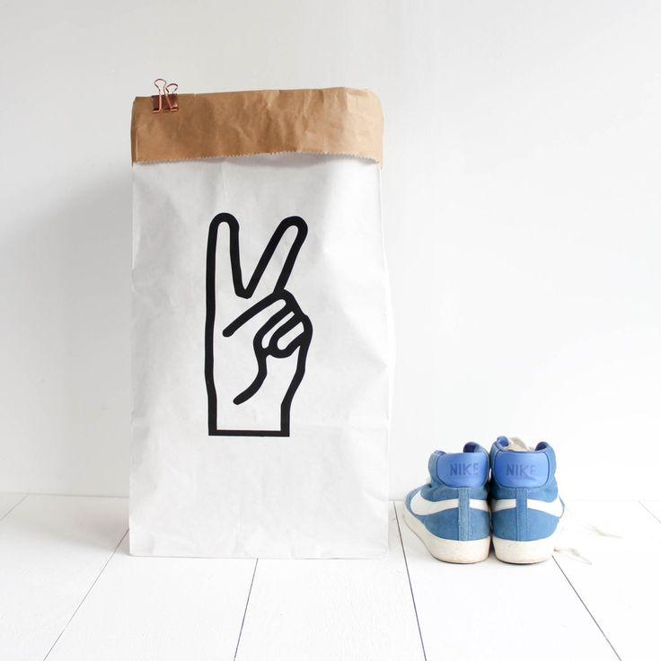 25 einzigartige w sches cke ideen auf pinterest spoonflower junge sport schlafzimmer und. Black Bedroom Furniture Sets. Home Design Ideas
