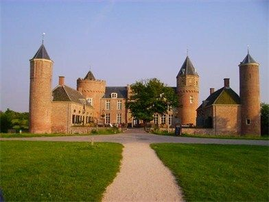 Kasteel Westhove - Top Trouwlocaties - Domburg, Zeeland #trouwlocatie #trouwen #feestlocatie