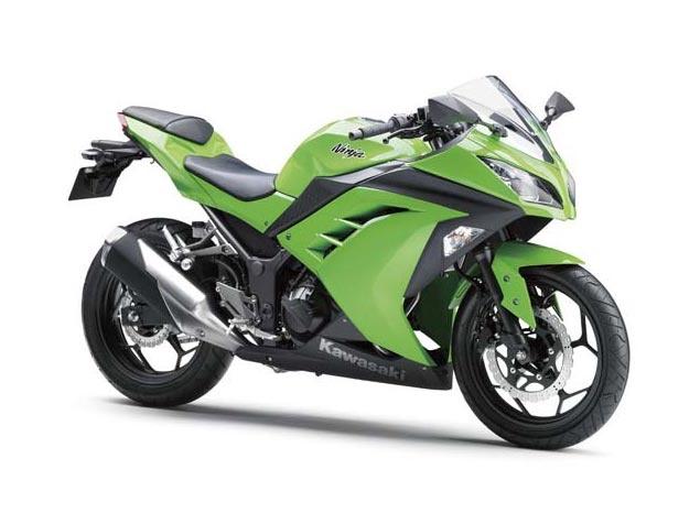 2013-Kawasaki-Ninja-250R-7