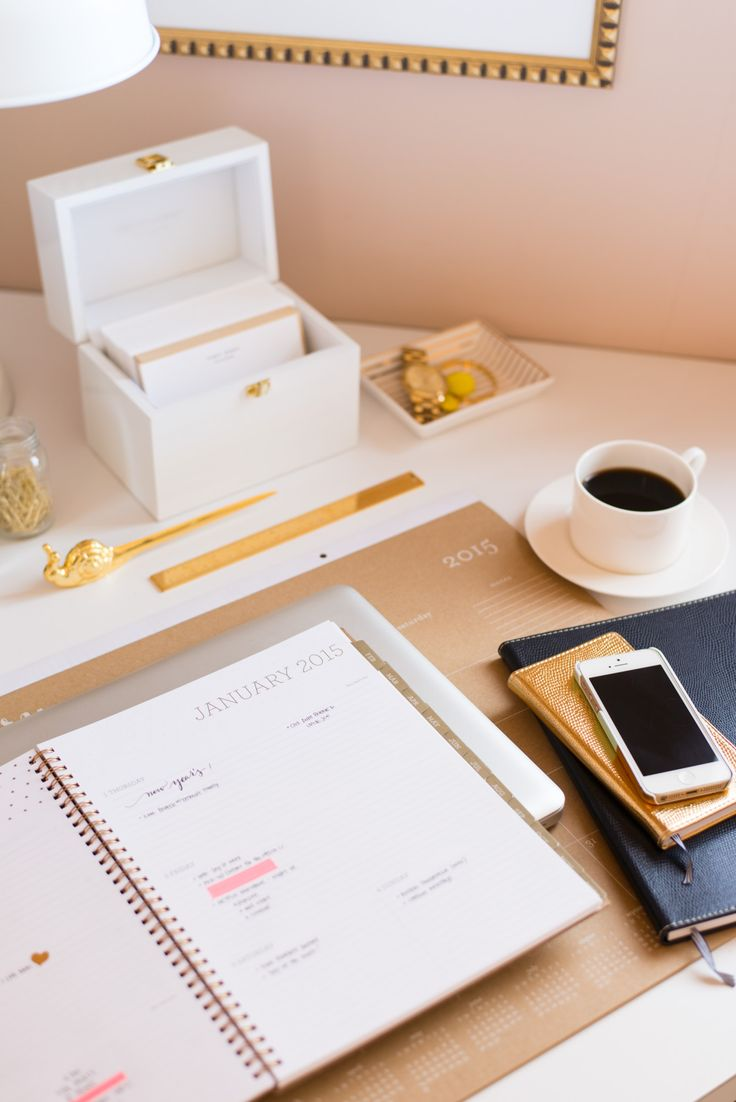 Paper Obsession. Planner. Sugar Paper. Gold and White