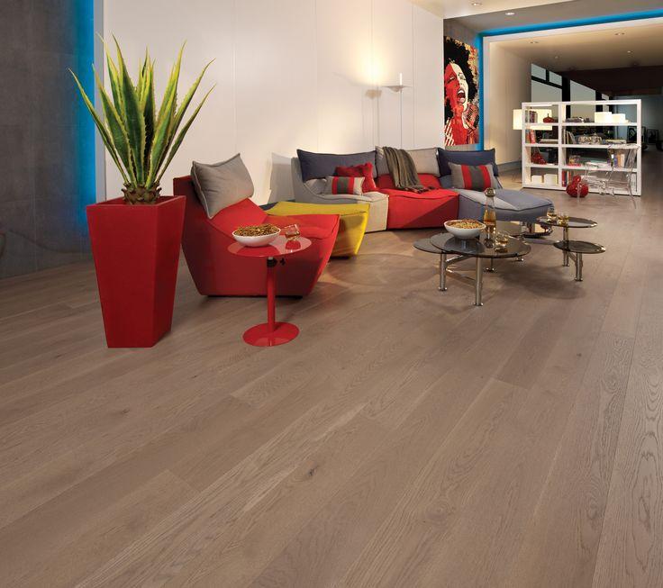 Collection Flair | Plancher de chêne blanc à caractère léger et de couleur Sand Dune