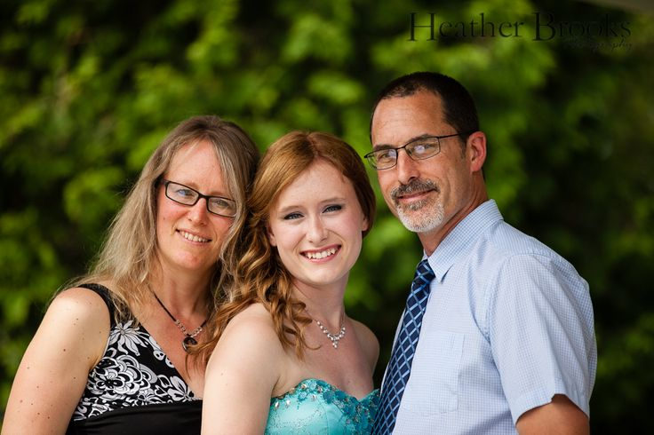 #windsorfamilyphotographer #heatherbrooksphotography #essexchildrensphotographer #essexontario #familyphotography #family #essexfamilyphotographer