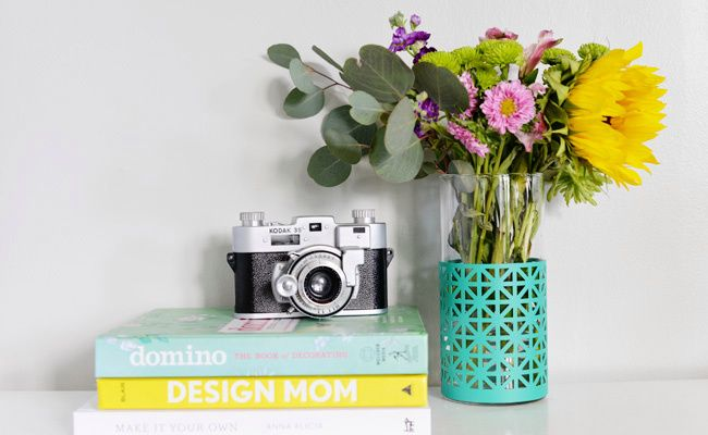 DIY patterned vase is fresh and clean, perfect for a spring update to your look!