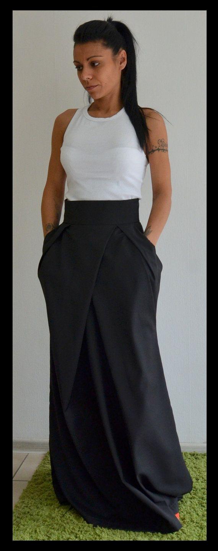 Black long skirt / Long skirt maxi / Woman by ClothesByLockerRoom