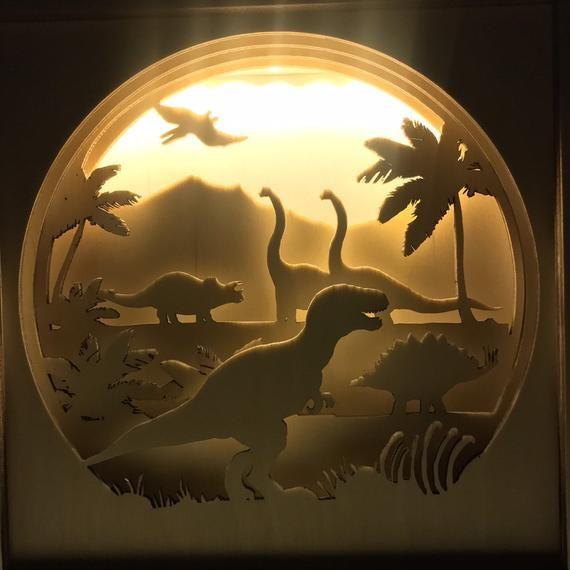 Lampe De Dinosaure Cadeau De Dinosaure Decor De Dinosaure Etsy Dinosaur Lamp Dinosaur Decor Shadow Box