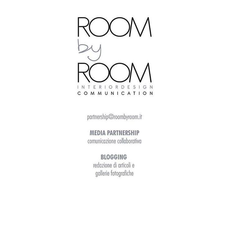 A quasi un anno dalla nascita del NOSTRO progetto Room by Room si fa in 2!  Vi presentiamo una nuova DIMENSIONE legata alla COMUNICAZIONE. partnership@roombyroom.it scoprite la nuova sezione dedicata sul nostro sito •link in bio•