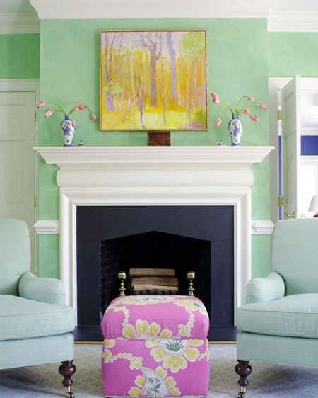 love the colors in this room