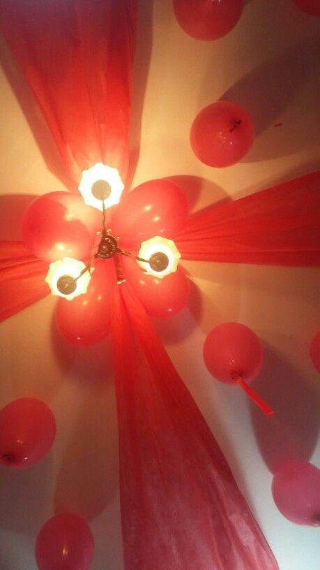 Teto balões e tnt Decoraç u00e3o com tecido Teto bal u00e3o  # Decorar Teto Com Tnt